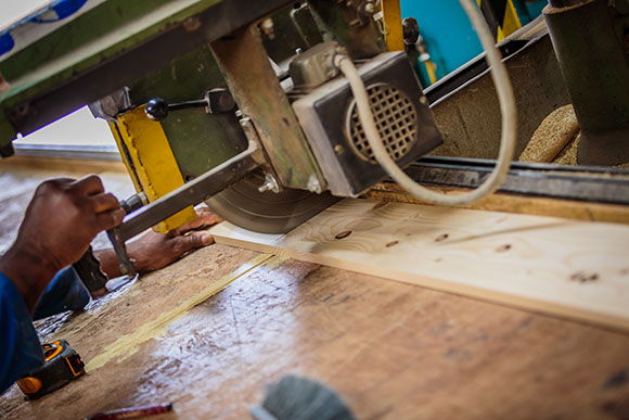 Great Barr Sawmills - cutting service